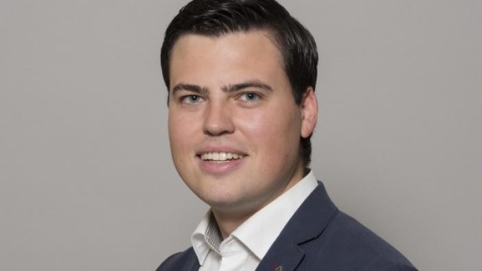 Dr. Alexander Giannakis